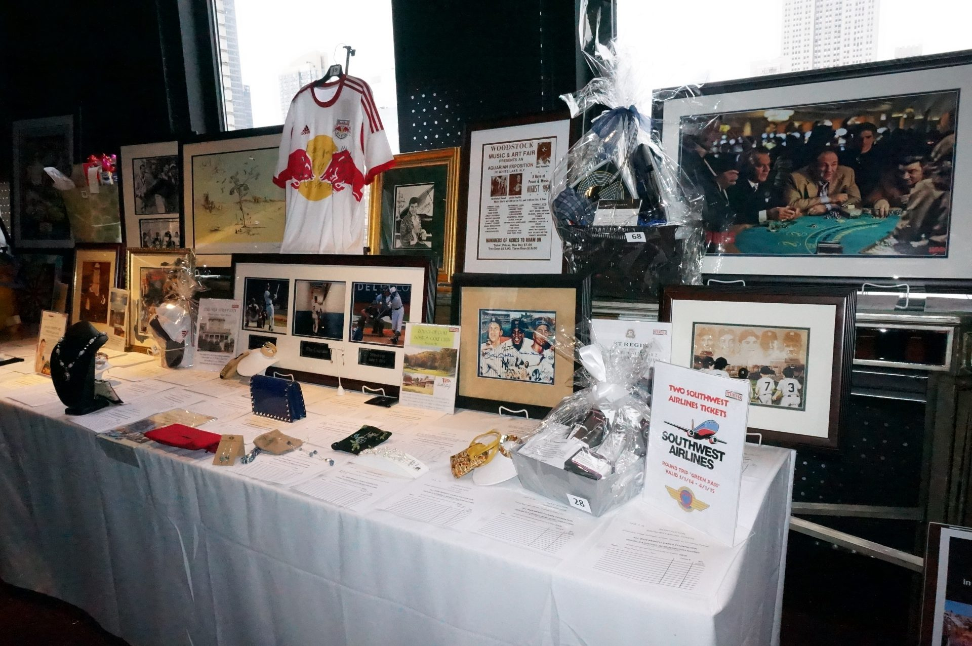 Charity_Auction_100